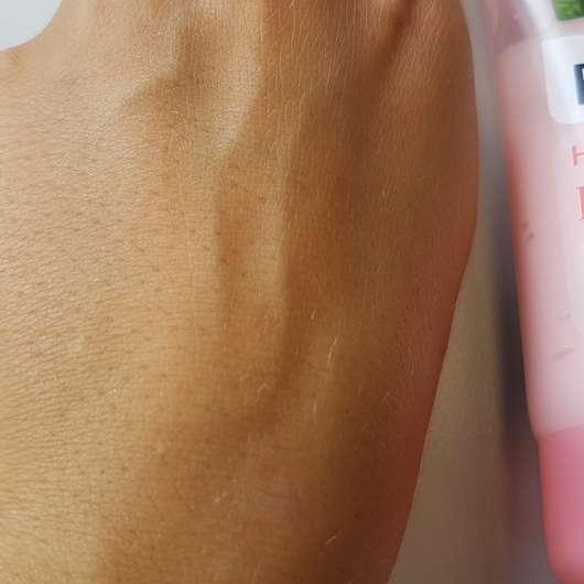 Haut direkt nach dem Einziehen des Balea Handsorbets Perfect Pink