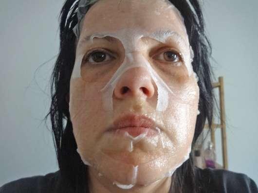 Gesicht mit DERMAROLLER Mask