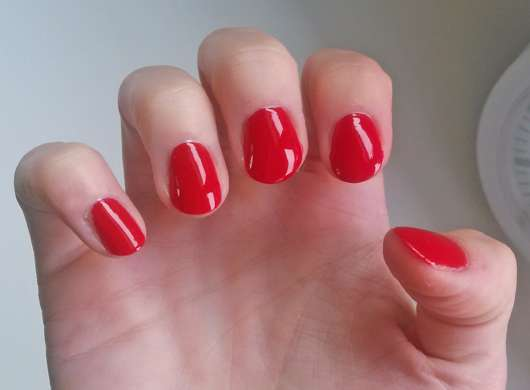 Nägel mit FABY Nail Lacquer Mini, Farbe: Faby's Red