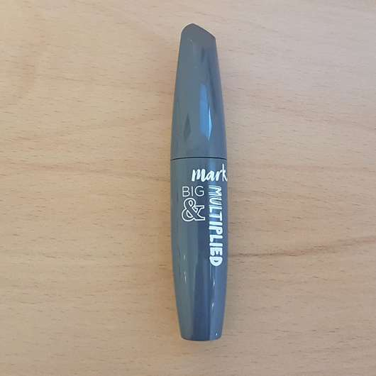 AVON mark. BIG & MULTIPLIED Mascara, Farbe: Black
