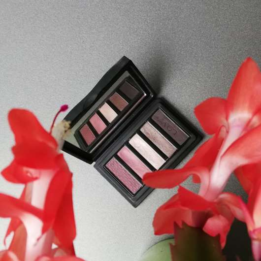 L.O.V EYEvotion Luxurious Eyeshadow Palette, Farbe: 710 Devoted To Roses