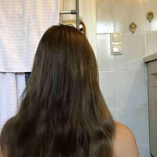"""alverde festes Shampoo """"Kokos"""" - Haare vor der Anwendung"""