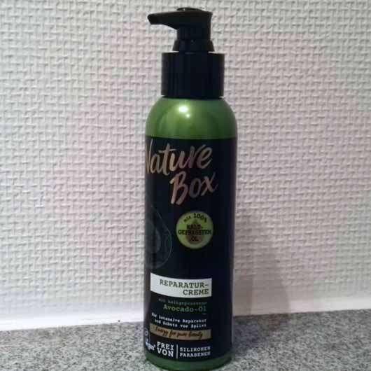Nature Box Avocado-Öl Reparatur-Creme - Flasche