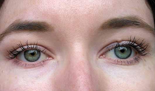 Pixi Lash Booster Mascara, Farbe: Blackest Black - Wimpern mit 2 Schichten Mascara