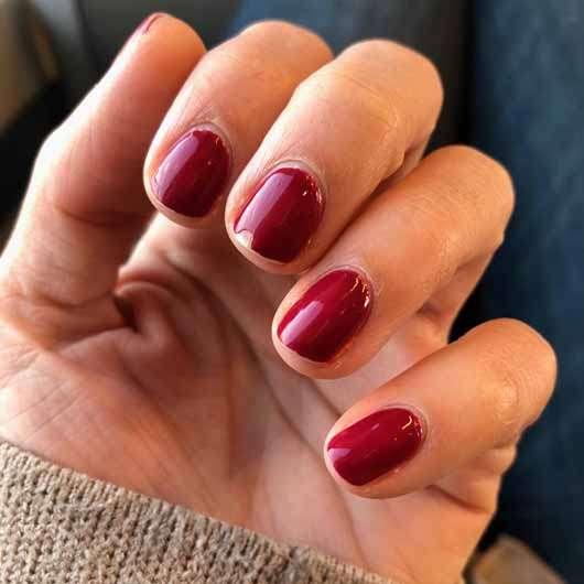 ARTDECO Color & Care Nail Lacquer, Farbe: 554 beautiful raspberry - Nagellack nach 5 Tagen auf den Nägeln