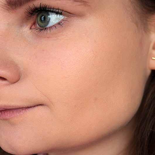 L.O.V. PERFECTitude Aura Glow Puder - ohne Puder