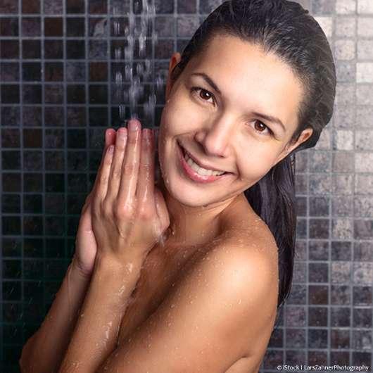 Hautschonend duschen – mit diesen 7 Tipps geht's ganz einfach