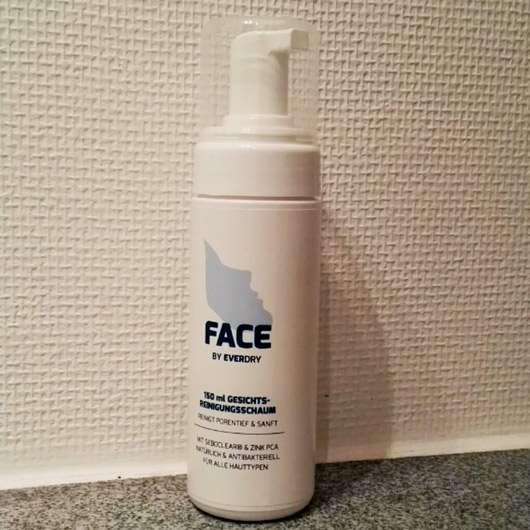 <strong>everdry</strong> Antibakterieller Gesichts-Reinigungsschaum