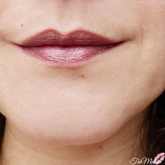 Lippen mit Rival de Loop Chrome Lipstick, Farbe: 04