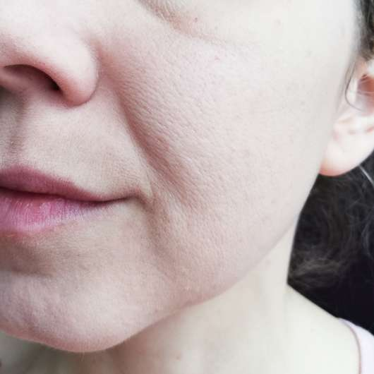 KISS Professional New York Pro Touch Mattifying Primer - Haut mit Primer und Foundation