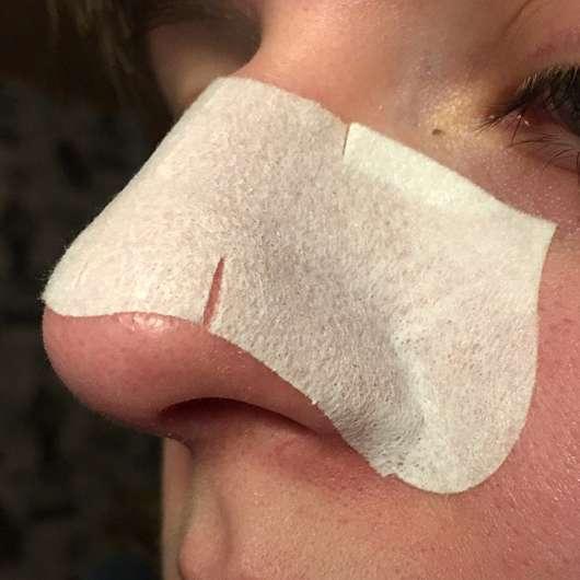 Bioré Zaubernuss Ultra-Tiefenreinigende Clear-Up-Strips - Strip auf der Nase