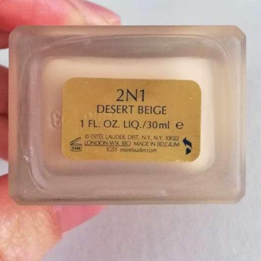 Estée Lauder Double Wear Stay-in-Place Makeup, Farbe: 2N1 Desert Beige - Ansicht von unten