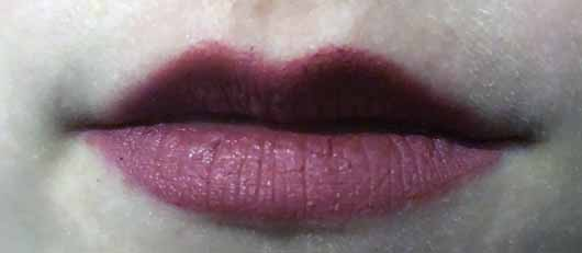 lavera Natural Matt'n Stay Lips, Farbe: 06 Berry - Lippen mit Produkt