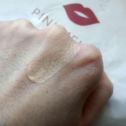 Maybelline Fit Me! Matte + Poreless Mattierendes Make-up, Farbe: 100 Warm Ivory - Swatch