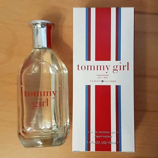 Tommy Hilfiger Tommy Girl Eau de Toilette - Flakon und Verpackung