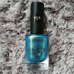 Produktbild zu Catrice Galactic Glow Translucent Effect Nail Lacquer – Farbe: 08 Follow The Zodiacs