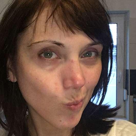 KISS Professional New York Pro Touch Liquid Foundation, Farbe: 210 Natural Beige - ungeschminkt