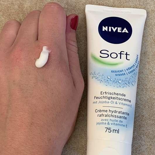 NIVEA Soft Erfrischende Feuchtigkeitscreme - Konsistenz