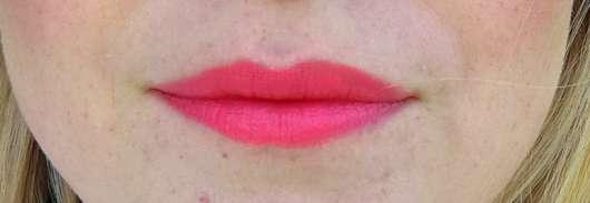 Shiseido VisionAiry Gel Lipstick, Farbe: 225 High Rise - Lippen mit Lippenstift