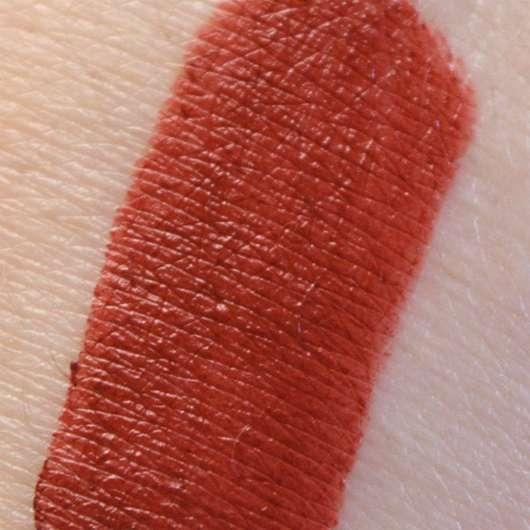 Swatch - Shiseido VisionAiry Gel Lipstick, Farbe: 223 Shizuka Red