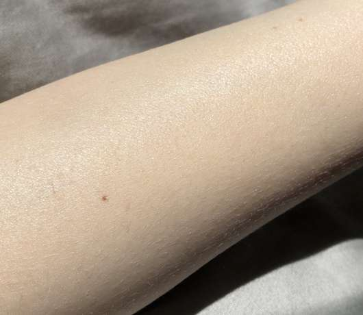 Speick Sun Sonnencreme LSF 30 - direkt nach dem Auftrag auf die Haut