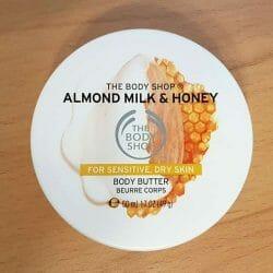 Produktbild zu The Body Shop Almond Milk & Honey Body Butter