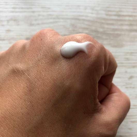 ALCINA Hyaluron 2.0 Hand Fluid - Konsistenz