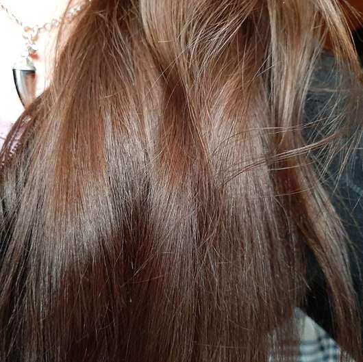 Dove Pflege Geheimnisse Detox Ritual Spülung - Haare nachher