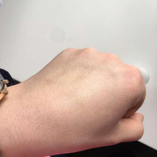 Konsistenz auf dem Handrücken - SPEICK PURE Deo Stick