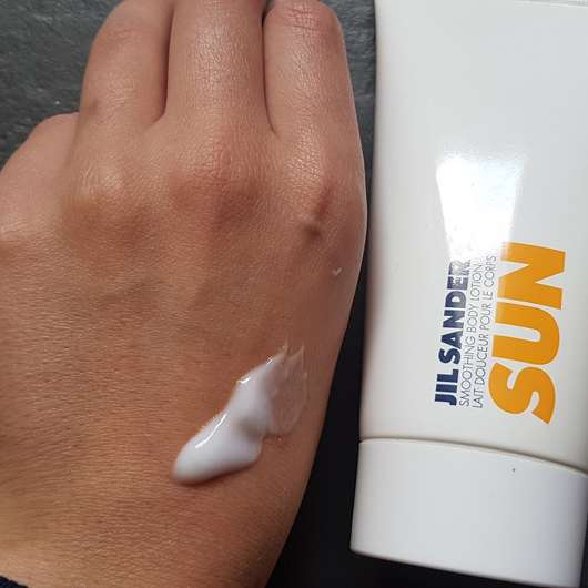 Jil Sander Sun Smoothing Body Lotion - Konsistenz