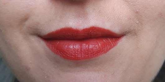 Sleek MakeUP Lip Dose Lipstick, Farbe: Outburst - Lippen mit Lippenstift