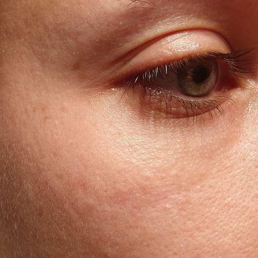 Yves Rocher Anti-Age Global La Supra Essence Correctrice - Augenbereich vor der Testphase