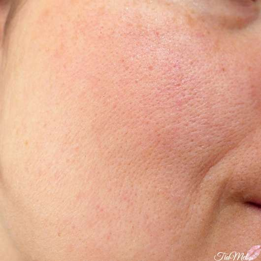 e.l.f. Cosmetics Monochromatic Multi-Stick, Farbe: Sparkling Rose - auf der Wange
