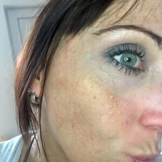 Sleek MakeUP Highlighting Palette, Farbe: Copperplate - Gold auf dem Wangenknochen