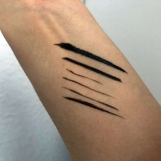 GOSH Intense Eye Liner Pen, Farbe: 01 Black - Swatches