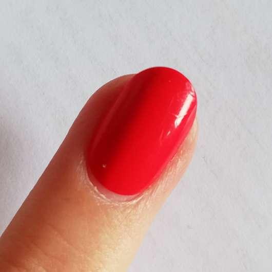 KISS Gel Fantasy selbstklebende Fingernägel, Farbe: Whatever - Nahaufnahme nach dem Feilen