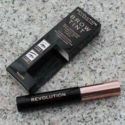Produktbild zu Makeup Revolution Brow Tint – Farbe: Taupe