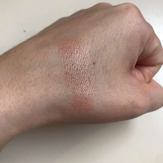 e.l.f. Cosmetics Metallic Flare Highlighter, Farbe: Rose Gold - Swatch