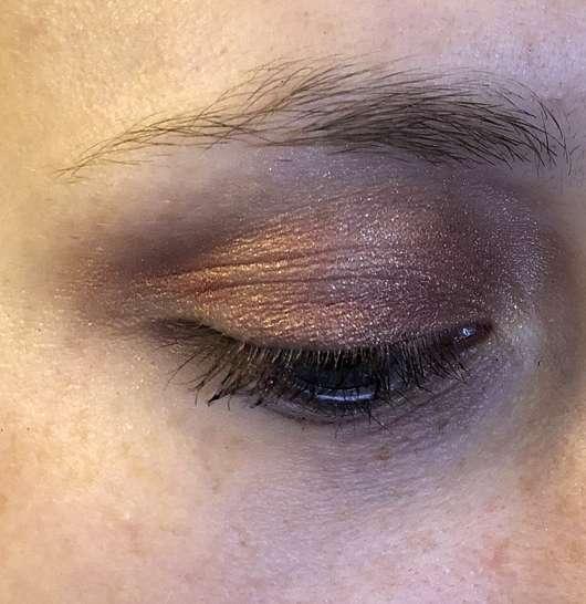 "essence crystal power eyeshadow palette - AMU 1 mit ""love yourself"""
