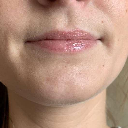 Pixi Liquid Fairy Lights & Lip Icing Kit, Farbe: BareBronze - Lipgloss auf den Lippen