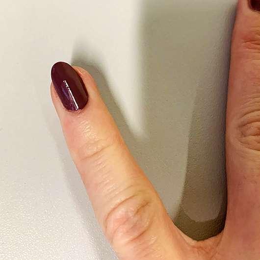 essence shine last & go! gel nail polish, Farbe: we go together 24 - Farbe auf Nagel