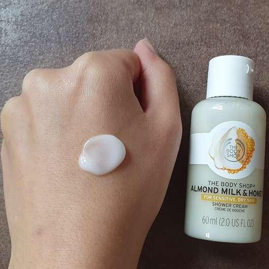 The Body Shop Almond Milk & Honey Shower Cream - Konsistenz