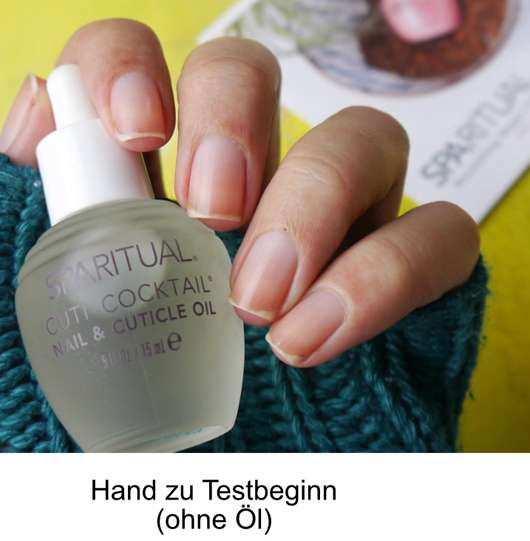 Hand vor dem Test des SpaRitual Cuti-Cocktail