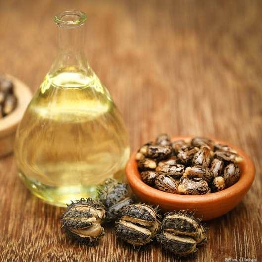 Rizinusöl: DAS Schönheitsmittel für Haut, Haare und Nägel