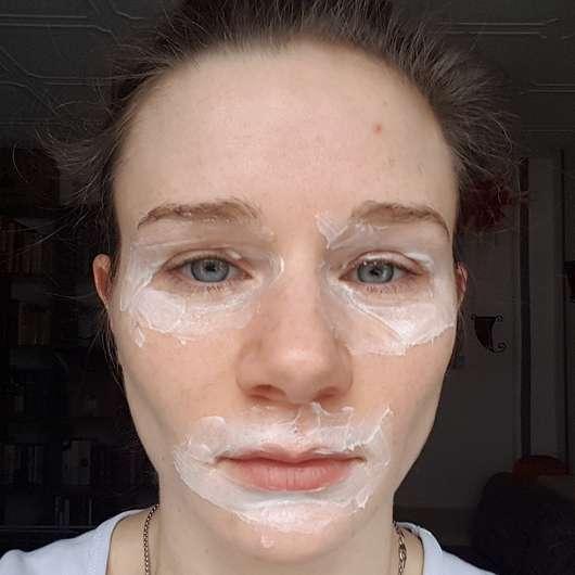 Augen- und Lippenpartie mit ISANA Pflegemaske Augen & Lippen