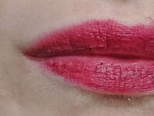 Lippen mit lavera Naturkosmetik Natural Matt'n Stay Lips, Farbe: 04 Matt'n Plum