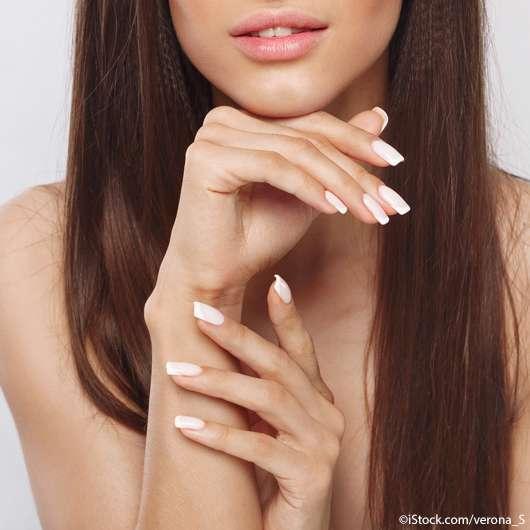 Lipstick Nails sieht man jetzt überall!