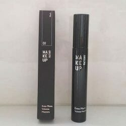 Produktbild zu Make up Factory Even More Volume Mascara – Farbe: 01 Black