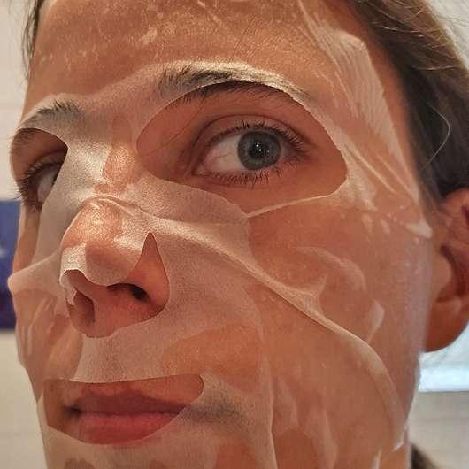 Gesicht mit Dr. Scheller Argan & Amaranth Anti-Falten Tuchmaske