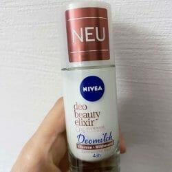 Produktbild zu NIVEA Deo Beauty Elixir Roll-On